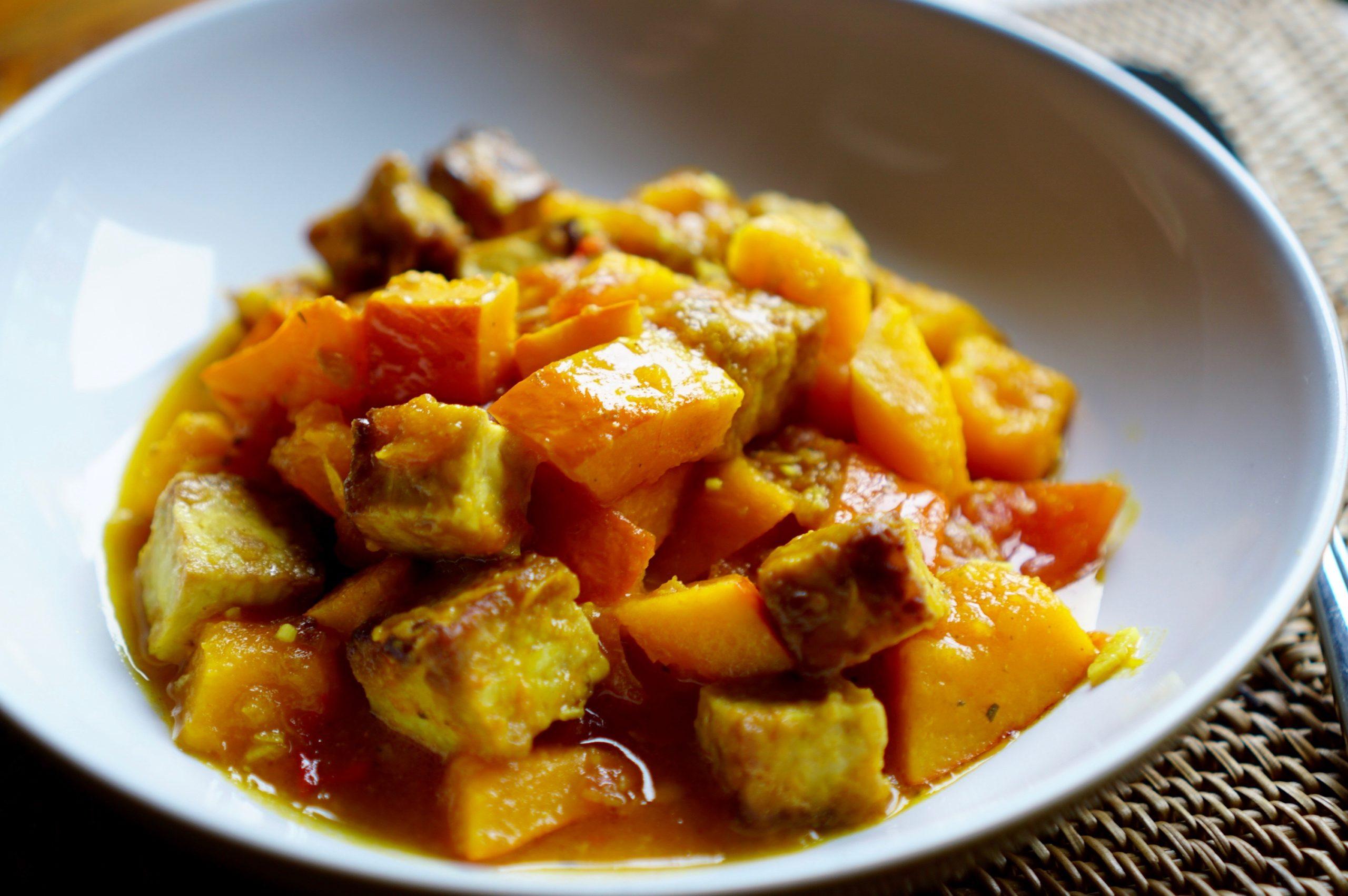 Kürbis-Curry mit Tempeh